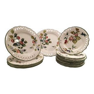 "Brunelli ""Tiffany"" Pattern Dinnerware - Set of 13"