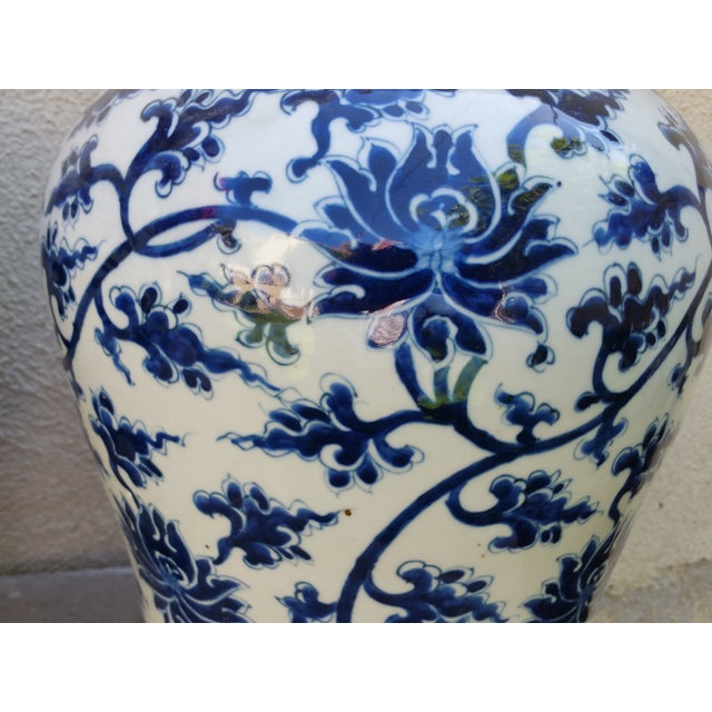 Hand-Painted Chinoiserie Urns- A Pair - Image 3 of 5