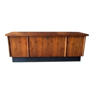 Lane Mid Century Refinished Walnut Cedar Chest