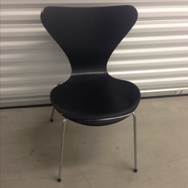 Vintage arne jacobsen series 7 side chair chairish for Chaise serie 7 arne jacobsen 1955