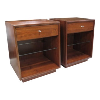 Handsome 1950s Pair of Drexel Nightstands