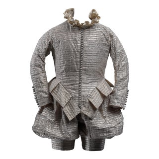 Scaled costume from the Shakesperean collection by Rien Bekkers - Early 17th century style male costume with silver buttons