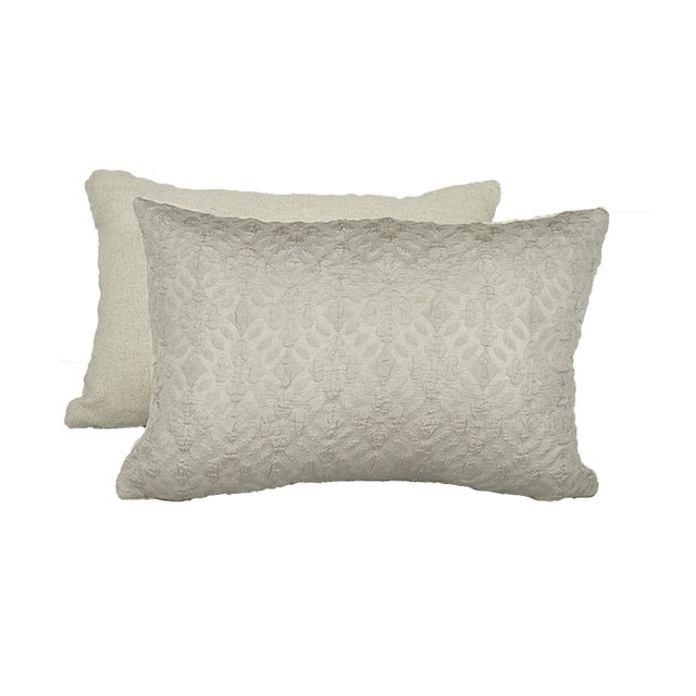 Image of Highland Court by Duralee Silk Pillow - Pair