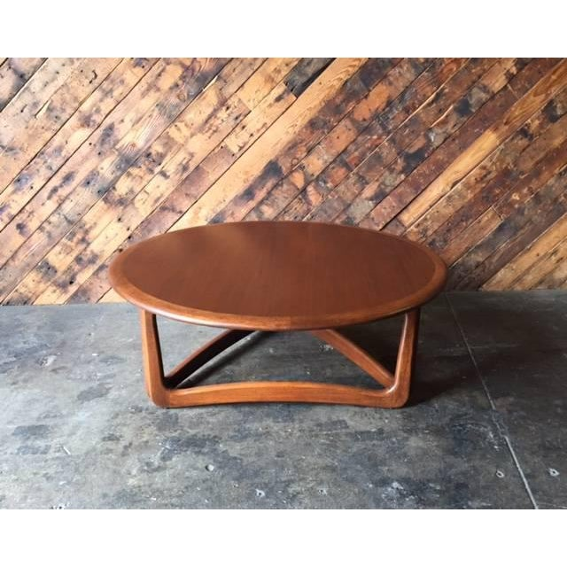 Mid-Century Walnut Refinished Sculpted Leg Coffee Table By