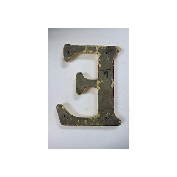 "Vintage English Pub Sign Letter ""E"" - Image 3 of 3"