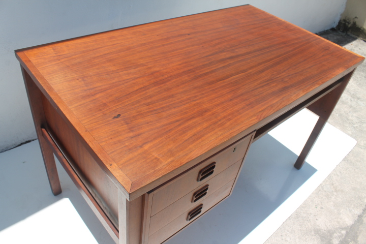 Maurice Villency Mid Century Danish Teak Desk   Image 3 Of 11