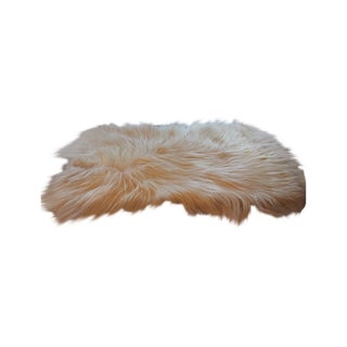 "White Long-Haired Goat-Skin Rug -- 2'1"" x 4'"