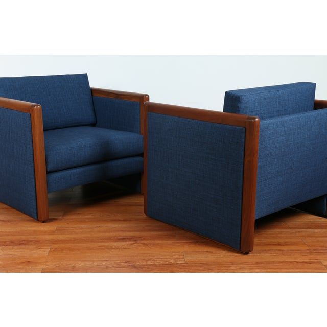 Navy Blue Mid-Century Club Chairs- A Pair - Image 5 of 10