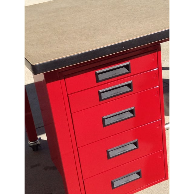 Red Powder Coated Steel Work Station - Image 3 of 5