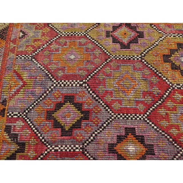 """Vintage Embroidered Turkish Kilim - 5'7"""" x 9'6"""" - Image 6 of 8"""