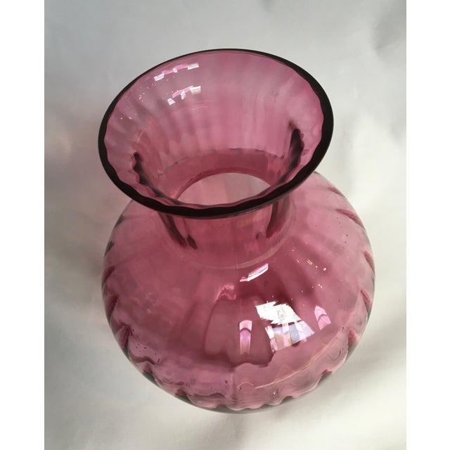 Vintage 1960s Pilgrim Glass Co. Cranberry Ribbed Glass Vase - Image 6 of 7
