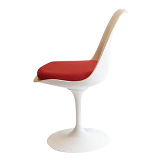 Saarinen Tulip Armless Chair by Knoll