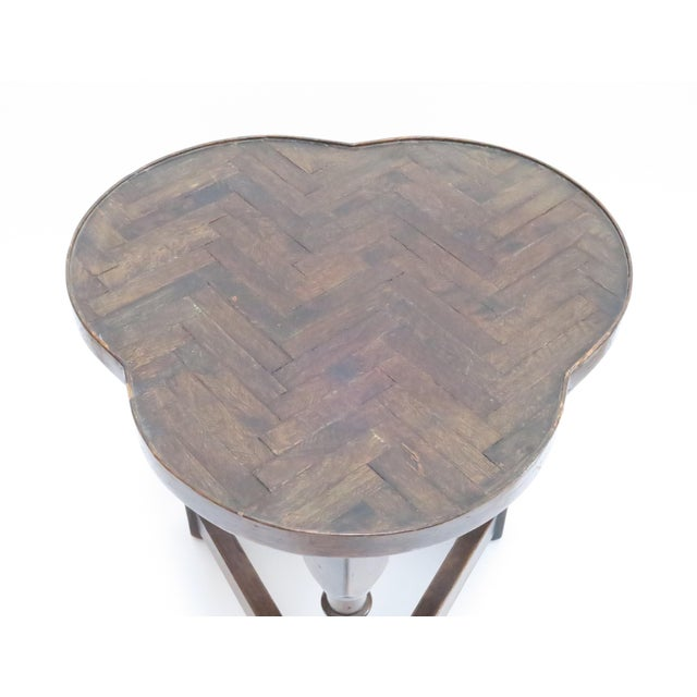 Traditional Vintage Wood Trefoil Side Table - Image 6 of 7