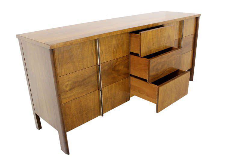 Mid Century Modern Burl Walnut John Widdicomb Dresser Or Credenza