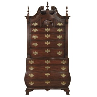 Kittinger Colonial Williamsbug Chest on Chest