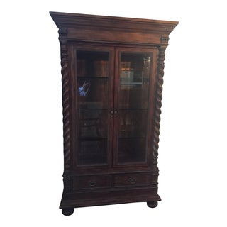 Traditional Glass Display Cabinet