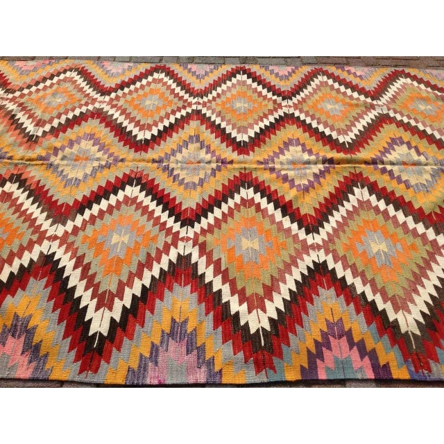 "Vintage Diamond Turkish Kilim Rug - 6' 10""x 11' 7"" - Image 3 of 6"
