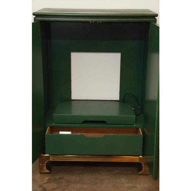 Signed Mastercraft Hollywood Glam Lacquered Brass and Emerald Leather Cabinet - Image 5 of 5