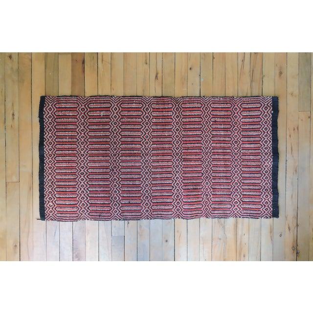 "Vintage Handwoven Red Wool Rug - 2'7"" x 5'1"" - Image 4 of 5"