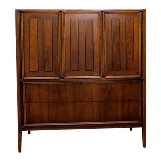 Thomasville Mid-Century Modern Walnut Highboy