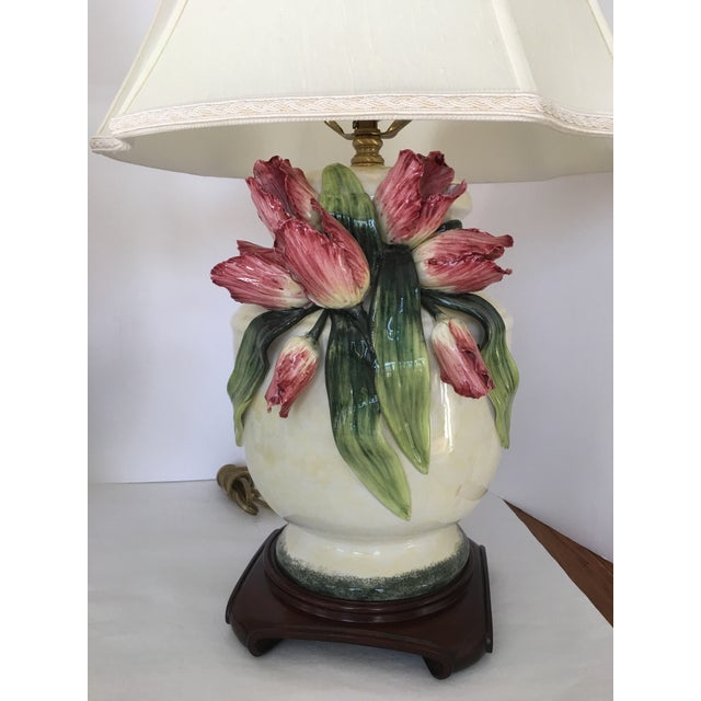 Anne Vosseller Porcelain Ginger Jar Parrot Tulip Barbotine Lamp - a Pair - Image 4 of 11