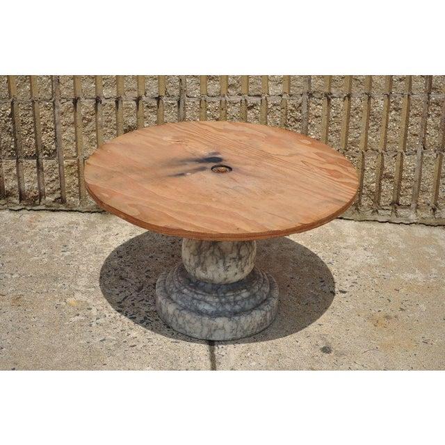 Vintage Decorator Hollywood Regency Italian Grey Marble Round Coffee Table - Image 6 of 8
