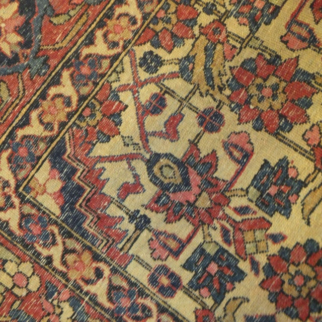 Image of Antique Persian Isfahan Rug - 4' x 3'