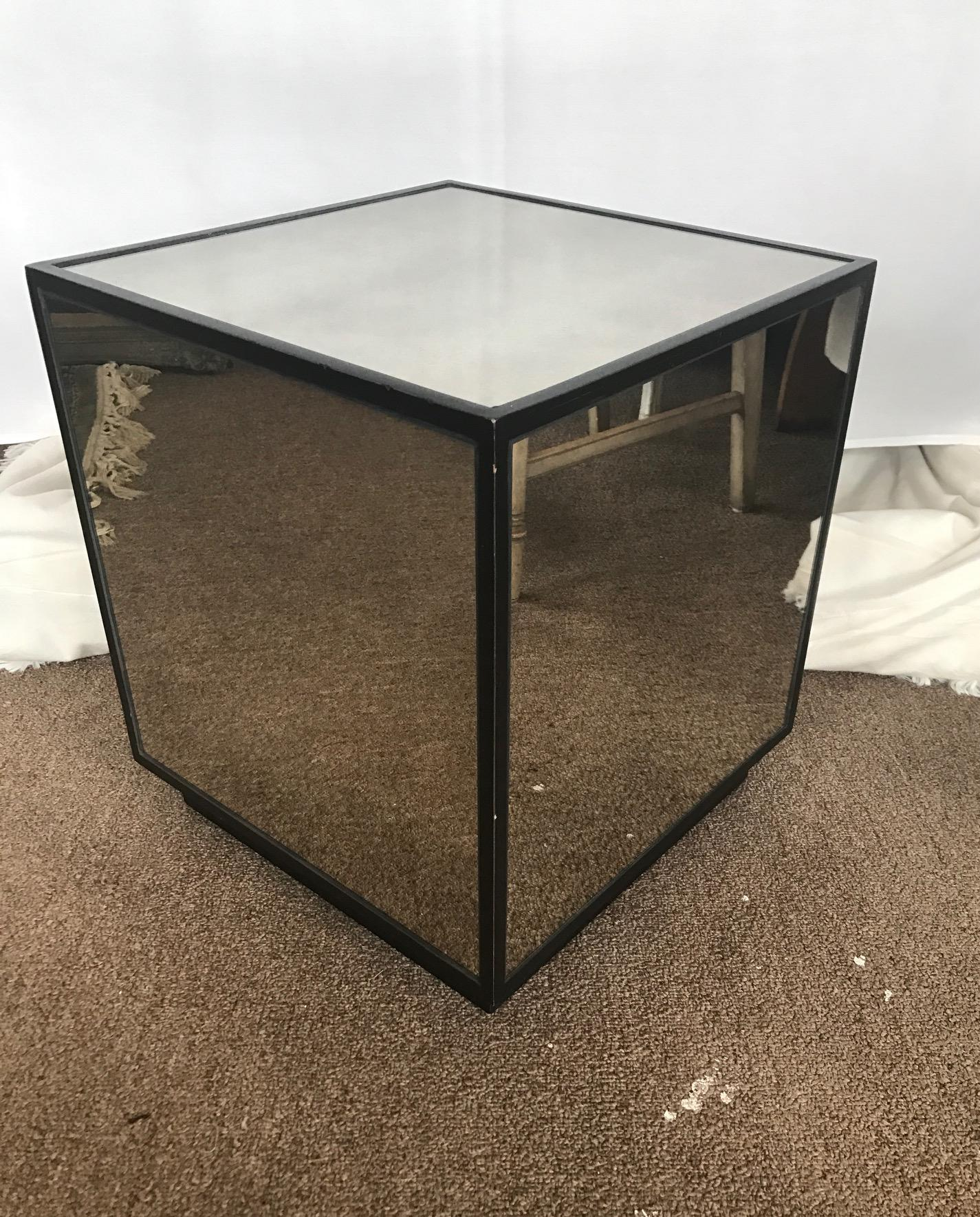 Ralph Lauren Style Mirrored Smokey Glass Cube Table End Table   Image 2 Of 6