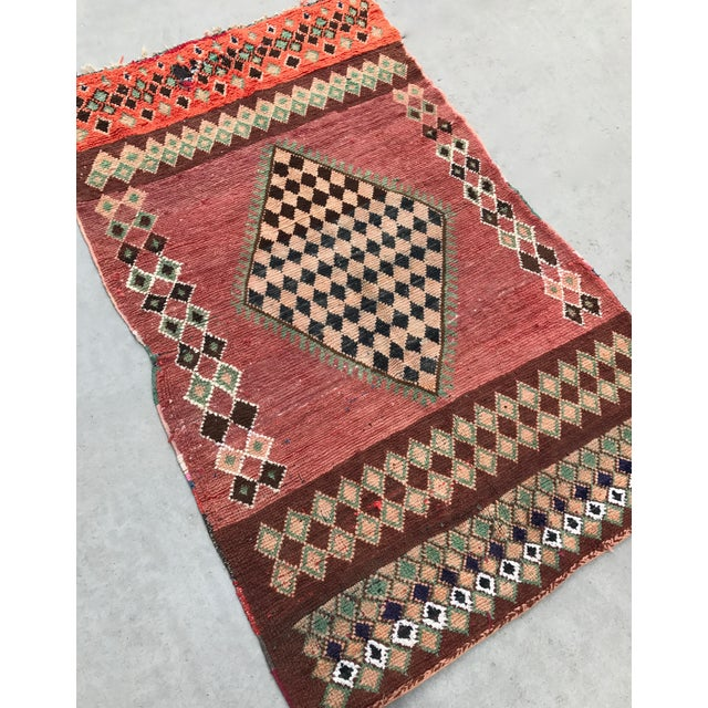 "Vintage Moroccan Boujad Rug - 4'9"" x 8'2"" - Image 6 of 7"