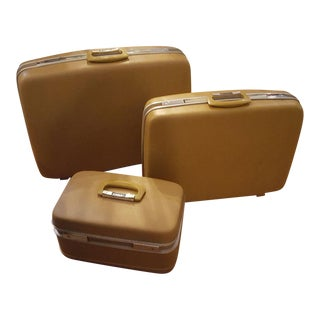 Art Deco Airway Hard Suitcases & Makeup Train Case - Set of 3