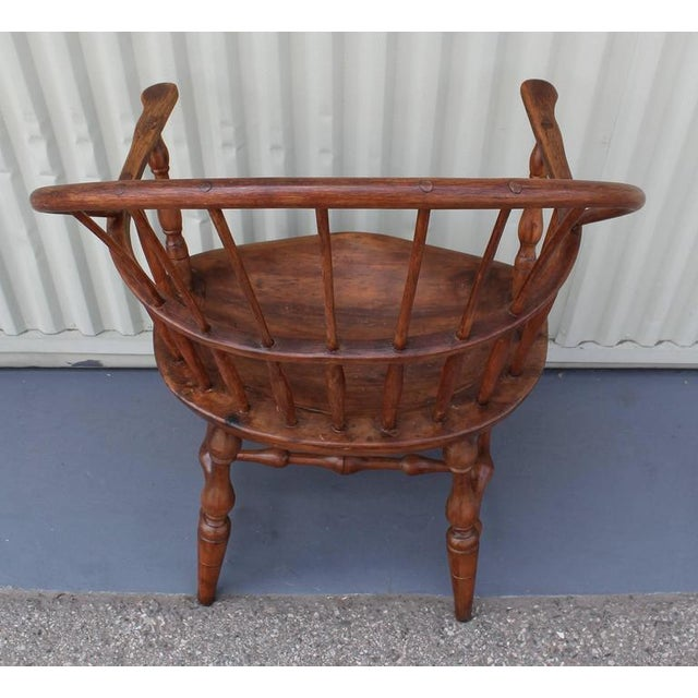 18th Century Sack Back Extended Arm Windsor Chair - Image 6 of 9