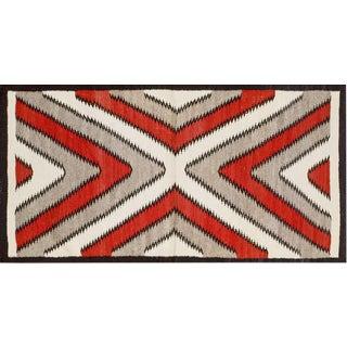 Navajo Style Rug- 2′8″ × 5′