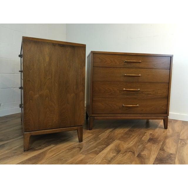 Heritage Henredon Mid Century Dresser Pair - Image 8 of 11