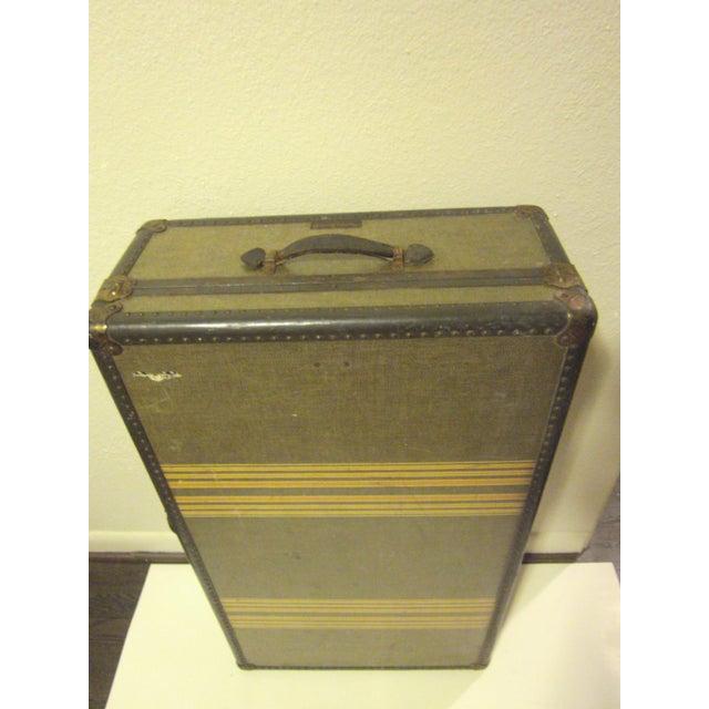 Vintage 1930s Petite Tweed Steamer Trunk - Image 4 of 10