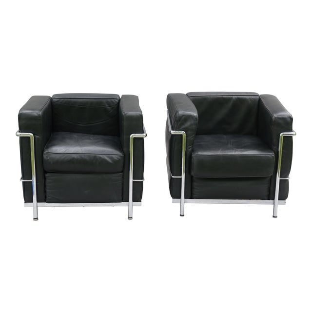 Le corbusier french leather lounge chairs a pair chairish for Le corbusier chair history