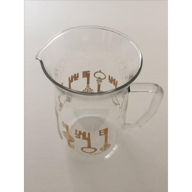 Vintage Pyrex Glass Gold Key Beverage Pitcher - Image 8 of 10