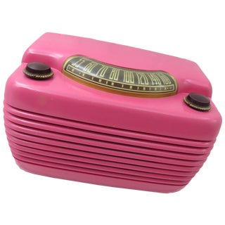 "Vintage ""Hippo"" Radio, Hot Pink Philco Tube & Bakelite"