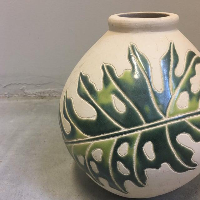 Cream & Green Ceramic Vessel - Image 3 of 4
