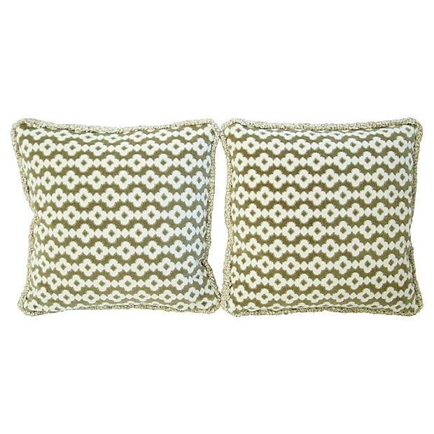 French Manuel Canovas Saint Remy Pillows - A Pair - Image 4 of 6