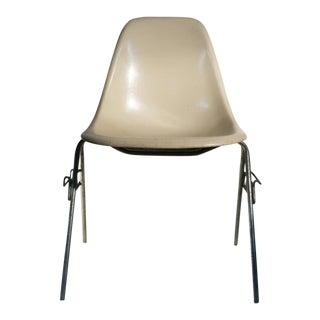 Eames Fiberglass DSS Stackable Chair for Herman Miller