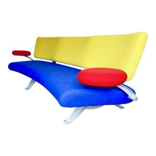 Artifort Memphis Orbit Sofa