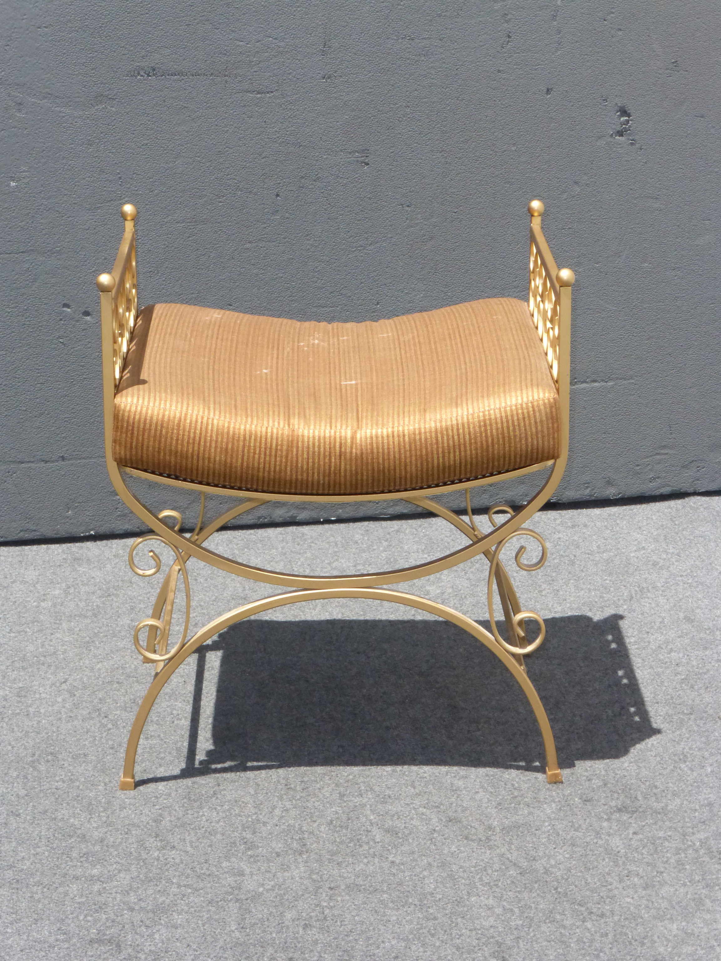 Vintage French Gold Metal Painted Vanity Bench   Image 3 Of 11