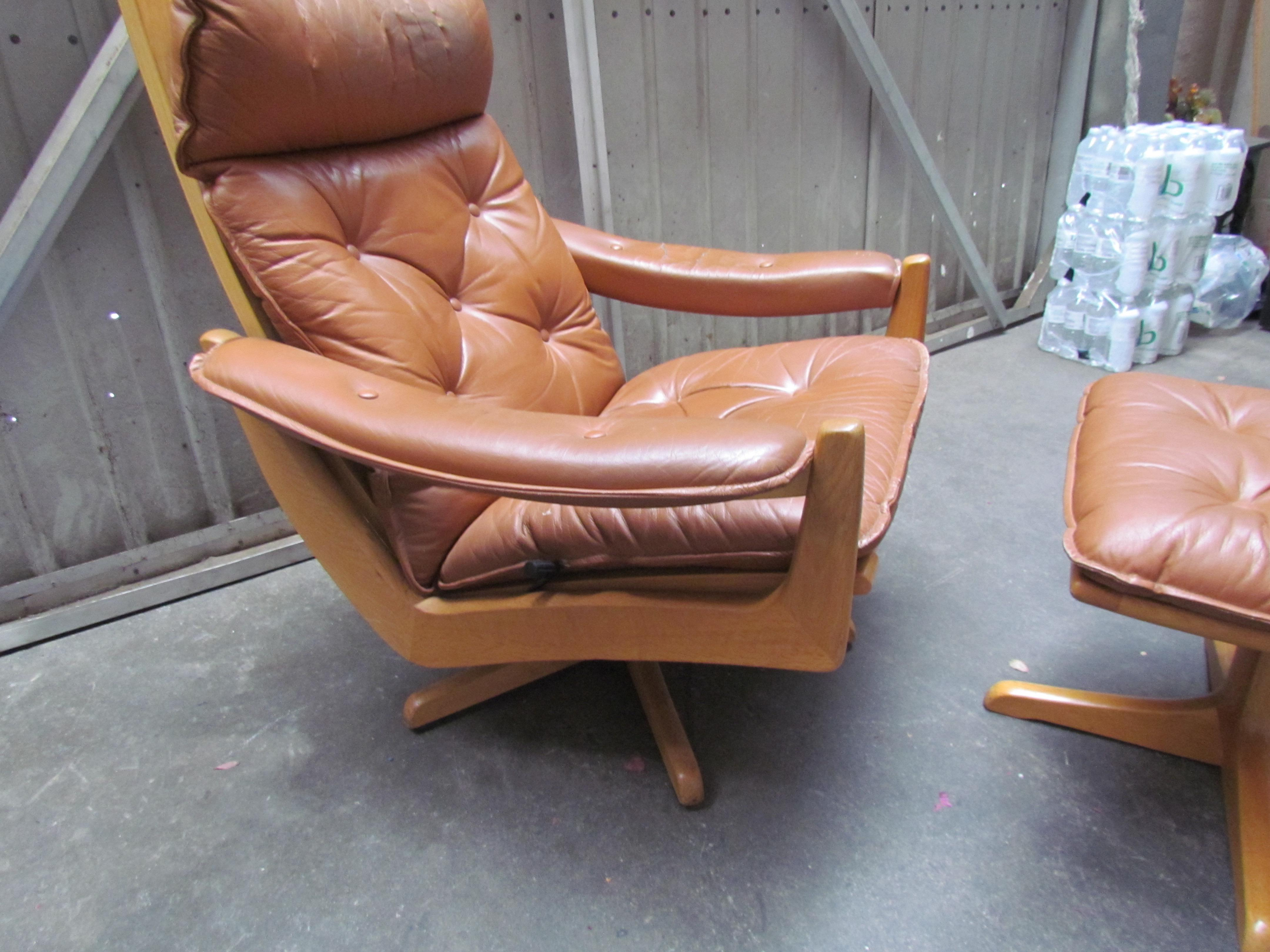 Lied Mobler Mid-Century Leather Recliner Chair u0026 Ottoman - Image 9 ...  sc 1 st  Chairish & Lied Mobler Mid-Century Leather Recliner Chair u0026 Ottoman | Chairish islam-shia.org