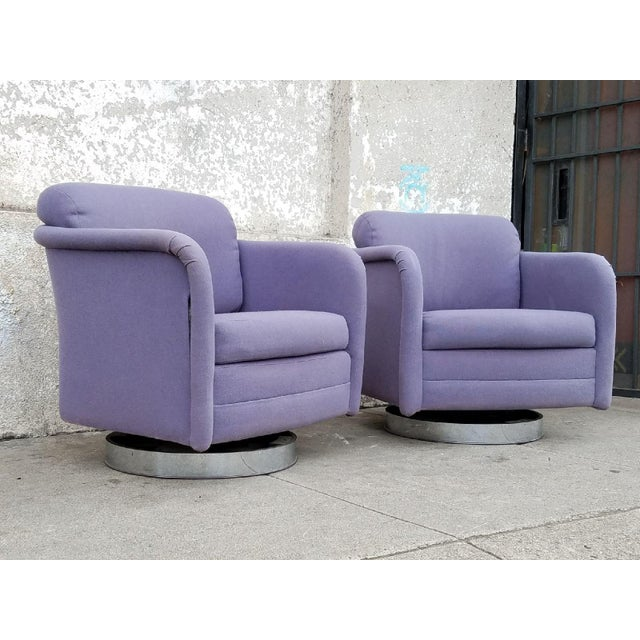 Vintage Lilac Swivel Club Chairs - A Pair - Image 4 of 5