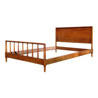 Mid-Century Walnut Heritage Henredon Full Double Bed