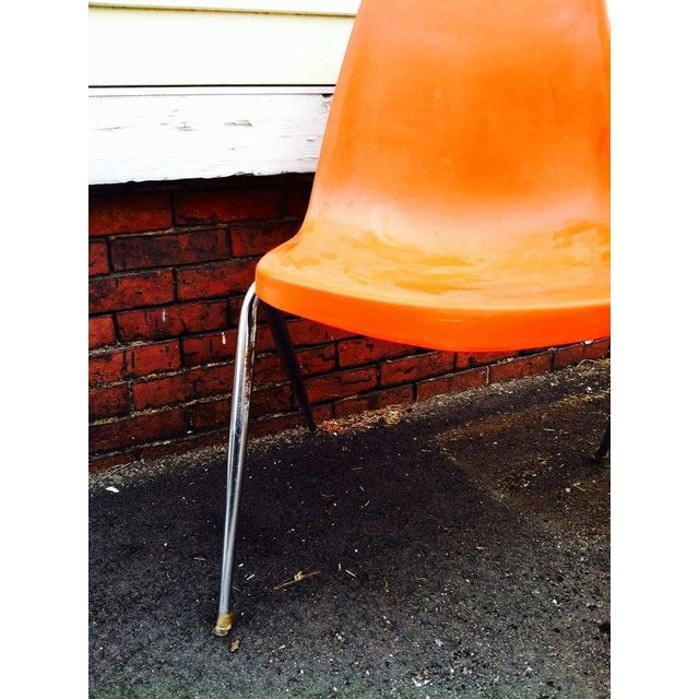 Orange Astro Furnishings Shell Chair - Image 3 of 5