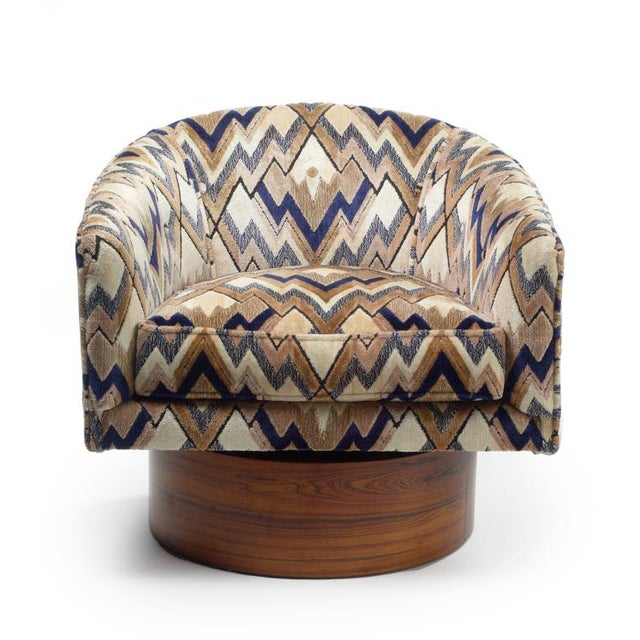 Milo Baughman Rosewood Swivel Base Lounge Chairs - a Pair - Image 5 of 5