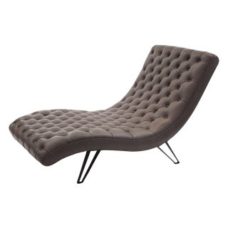 Day Bed/Tufted Leather Chaise With Formed Steel