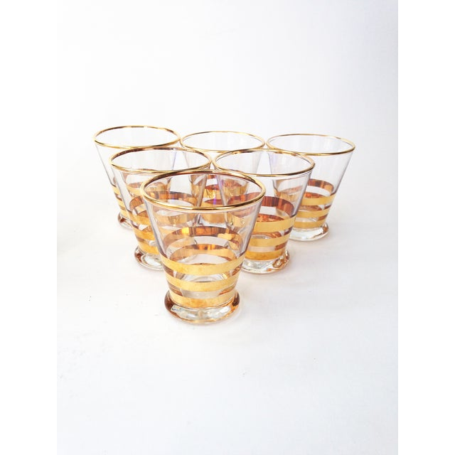 Mid-Century Gold Striped Pitcher & Six Glasses - Image 3 of 6