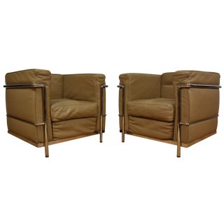 Le Corbusier-Style Lounge Chairs - A Pair
